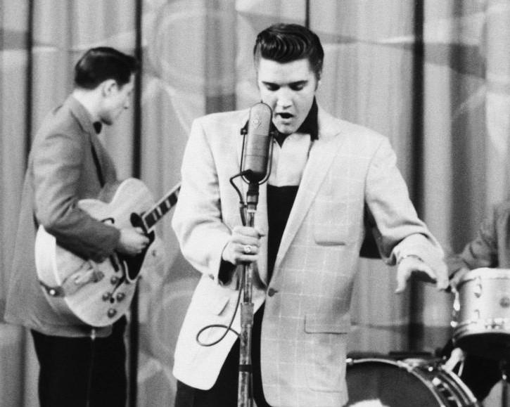 Elvis, the king of rock'n'roll, e la Bellasignora:il dinamico duo!