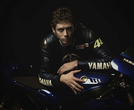 In sella con Valentino: lo stile del campione.