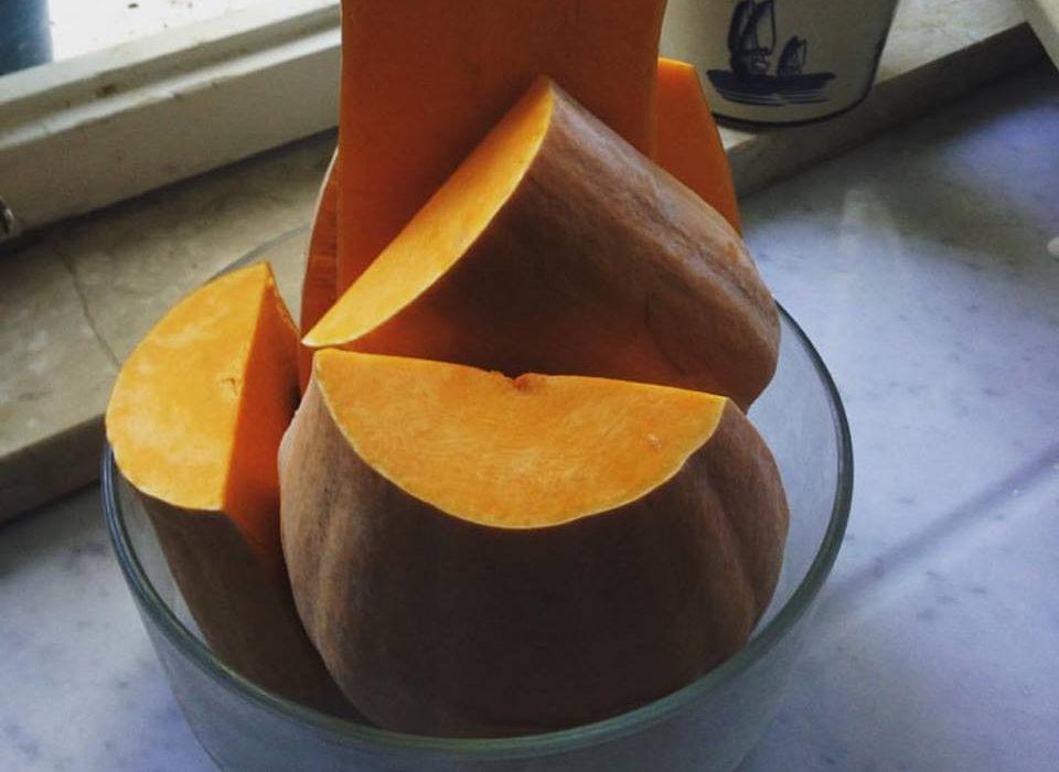 Oggi cucino io: vellutata di zucca, colore e calore d'Autunno!